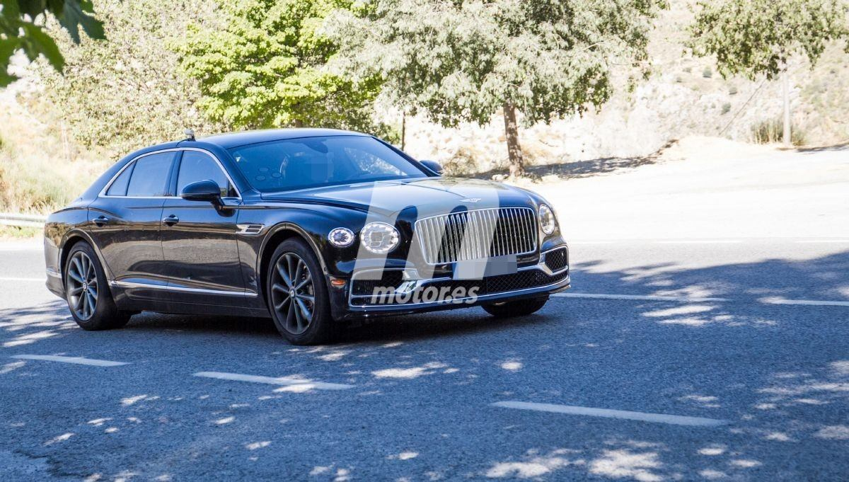 2018 Bentley Continental Flying Spur 24