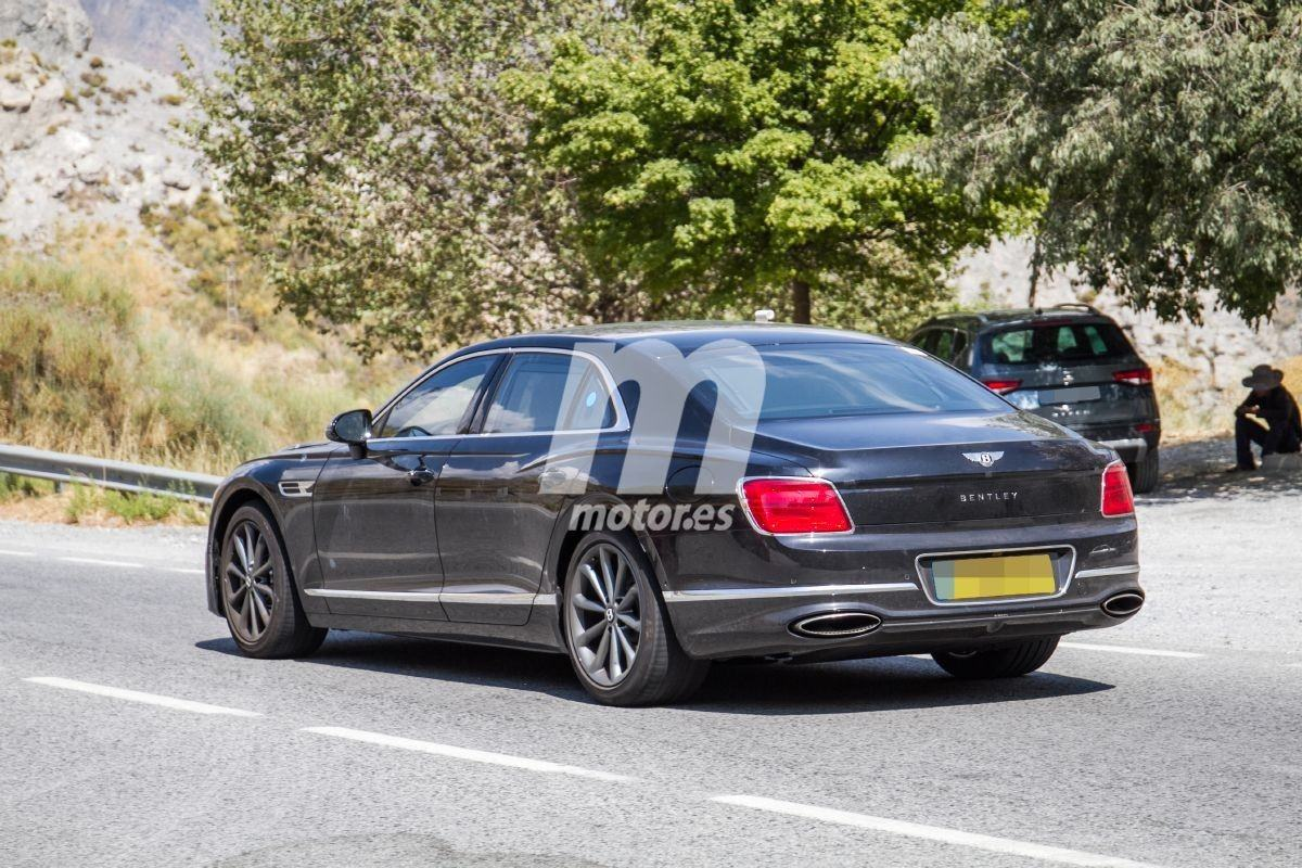 2018 Bentley Continental Flying Spur 34