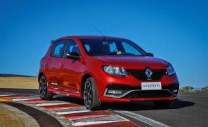 Renault Sandero RS 2020, el utilitario deportivo de bajo coste se renueva