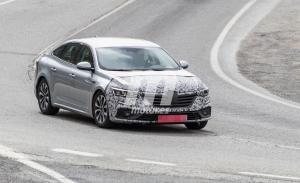 El nuevo Renault Talismán 2020 apura su fase de pruebas en el sur de Europa