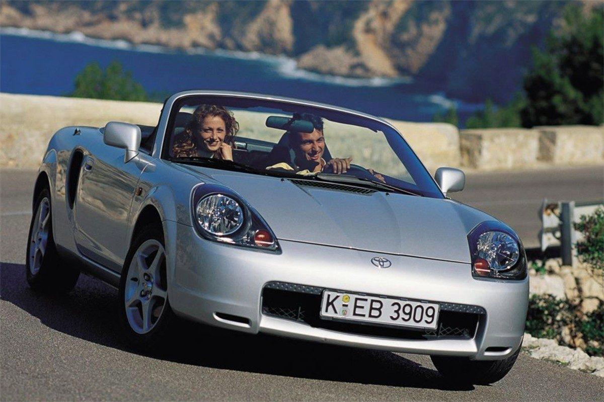 Toyota podría revivir al MR2 con la ayuda de Porsche