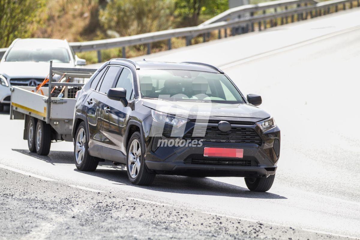 Toyota RAV4 PHEV, el SUV japonés estrenará una versión híbrida enchufable
