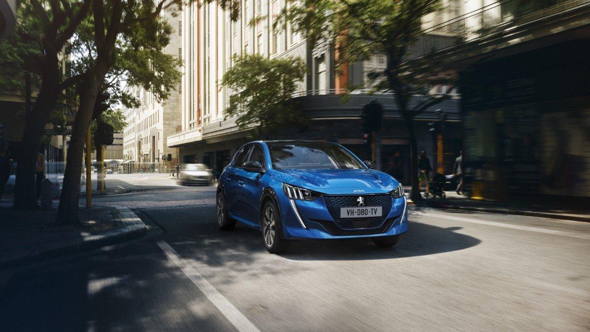 Francia - Julio 2019: La nueva generación del Peugeot 208 ya está aquí