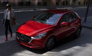 Mazda2 2020, el utilitario japonés se electrifica en Europa