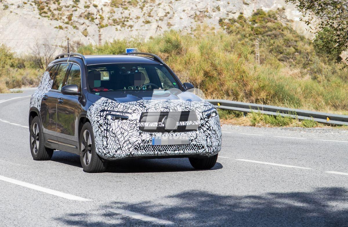 2021 - [Mercedes-Benz] EQB Mercedes-eqb-fotos-espia-suv-compacto-electrico-201960922-1568826510_3