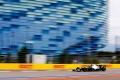 """Mercedes ve en la lluvia a su salvavidas: """"Perdemos ocho décimas con Ferrari en recta"""""""