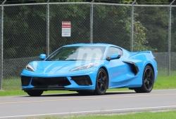 "Al descubierto el nuevo ""azul pitufo"" del Chevrolet Corvette Stingray"