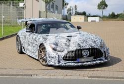 El Mercedes-AMG GT R Black Series nos muestra de nuevo su bestialidad en Nürburgring