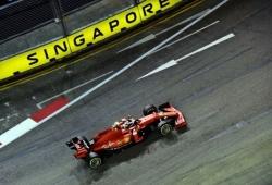 """Espectacular pole de Leclerc al límite: """"He perdido el control del coche tres veces"""""""