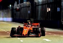 Leclerc deja sin pole a Hamilton y Vettel