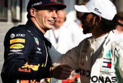 """Hamilton """"se partió de risa"""" con los comentarios de Verstappen sobre Rosberg"""