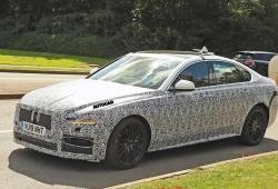 El nuevo Jaguar XF 2020 estrenará un interior más tecnológico