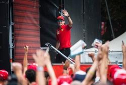 """Leclerc, ídolo rosso: """"Es una locura ganar en Monza, una sensación increíble"""""""