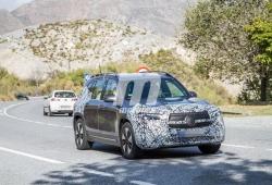 El Mercedes EQB, un nuevo SUV eléctrico, cazado con su configuración definitiva