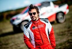 Nuevo test de Fernando Alonso con el Toyota Hilux en Polonia