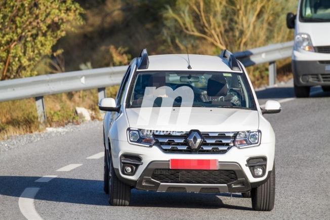 Renault Duster 2020 - foto espía frontal
