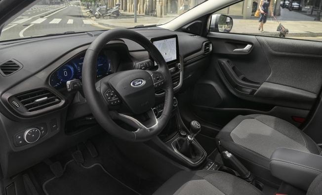 Ford Puma Titanium X - interior