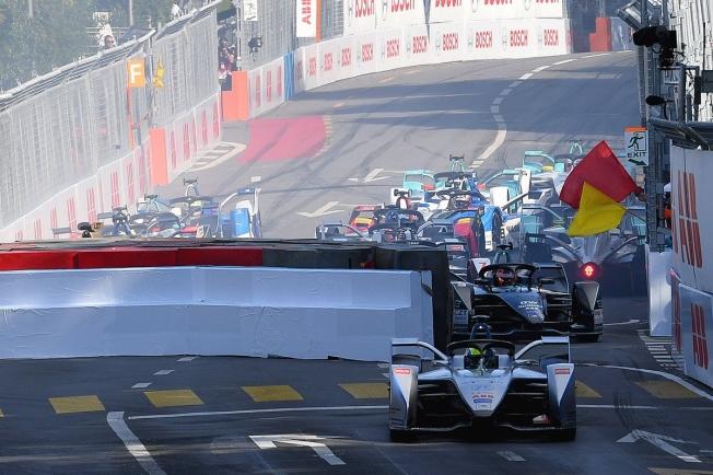 La Fórmula E valora castigar a los pilotos que causen banderas rojasLa Fórmula E valora castigar a los pilotos que causen banderas rojas