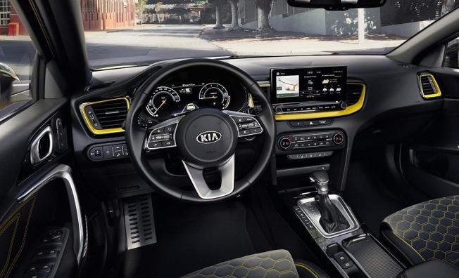 Kia XCeed - interior