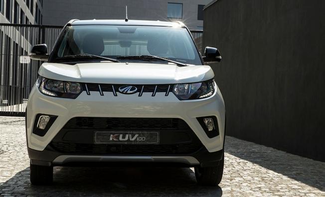 Mahindra KUV100 NXT - frontal