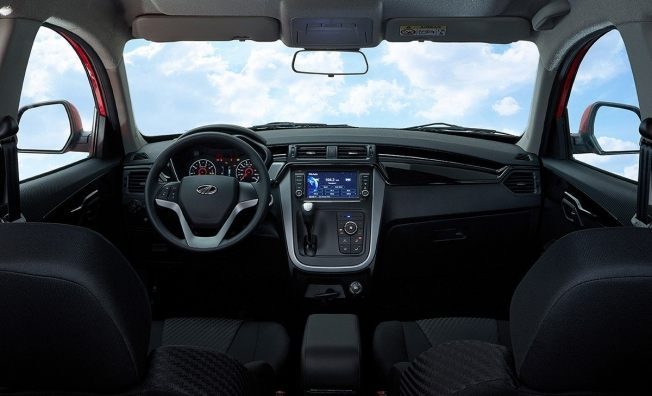 Mahindra KUV100 NXT - interior