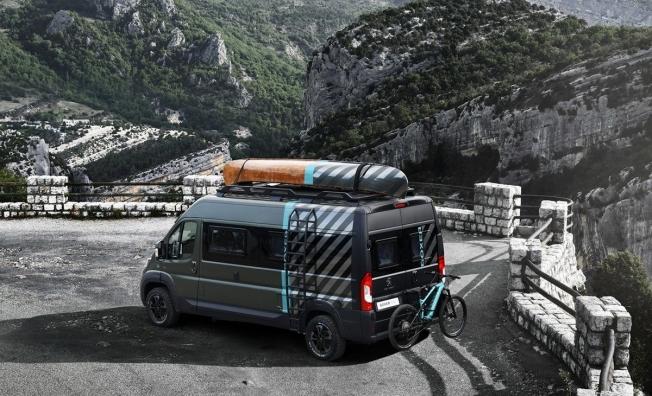Peugeot Boxer 4x4 Concept - posterior