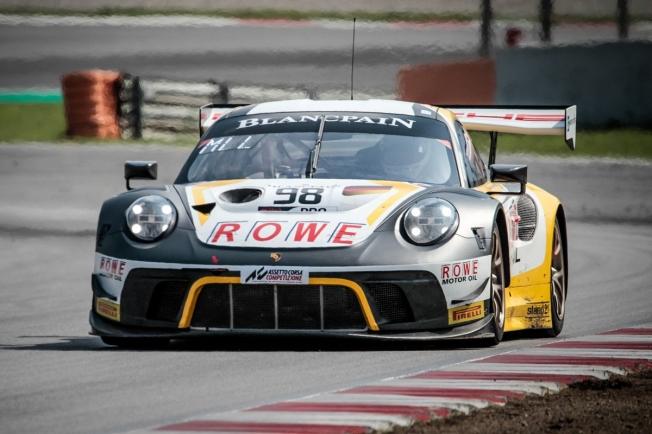 El Porsche #98 marca la pauta en la 'pre-qualifying' de Barcelona
