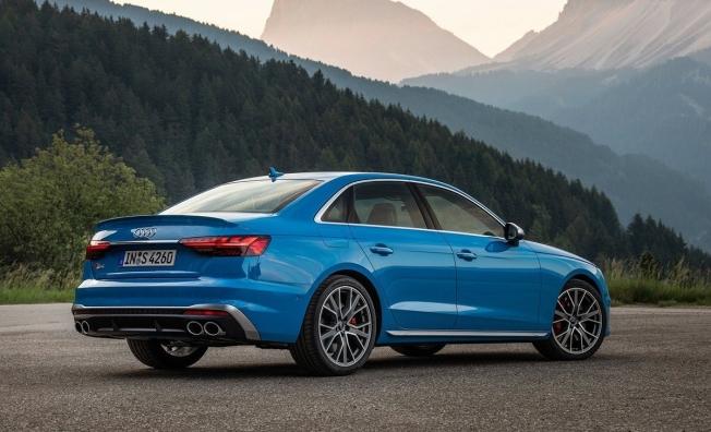 Audi S4 2020 - posterior