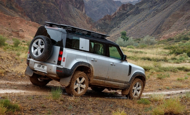 Land Rover Defender 2020 - posterior