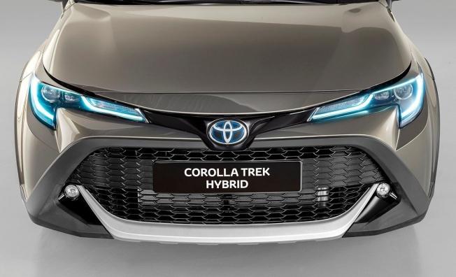 Toyota Corolla Trek - frontal