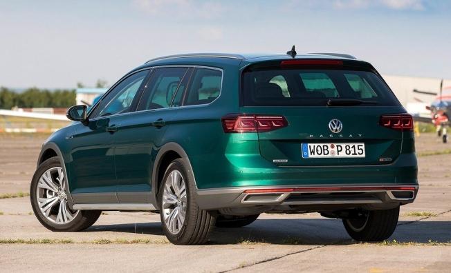 Volkswagen Passat Alltrack 2019 - posterior