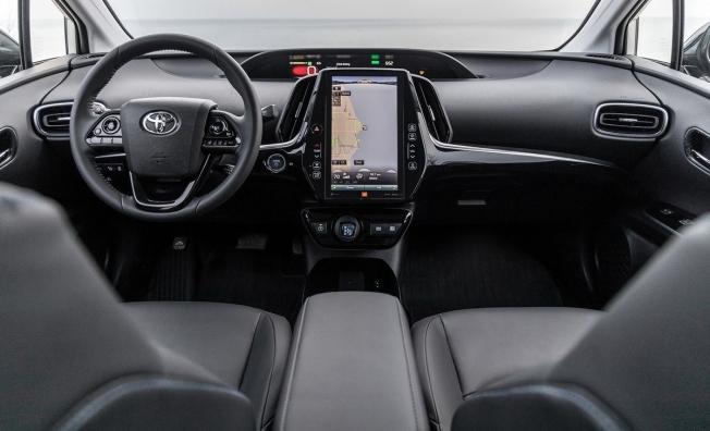 Toyota Prius 2020 - interior