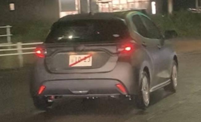 Toyota Yaris 2020 - foto espía posterior