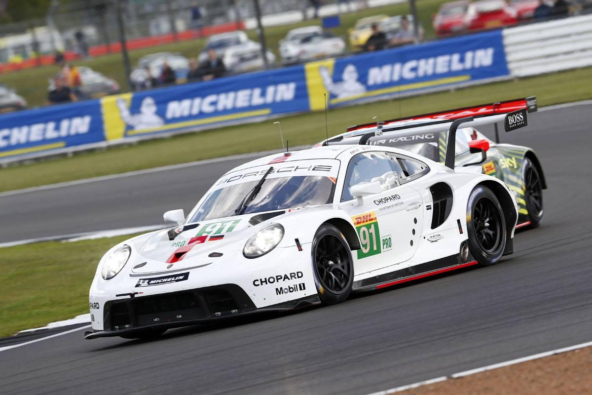 El nuevo Porsche 911 RSR debuta con victoria y doblete en el WEC