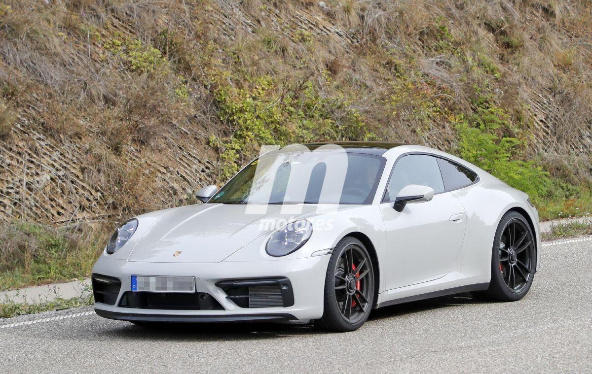 La nueva generación del Porsche 911 GTS, al desnudo en estas fotos espía