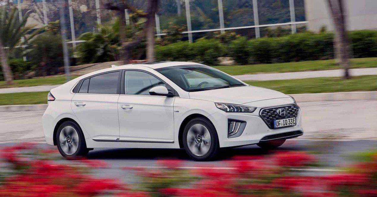 El Hyundai IONIQ híbrido enchufable 2020 ya tiene precios en España