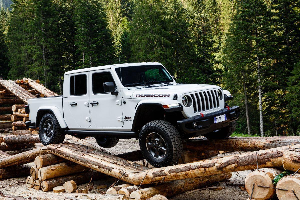 Misterioso prototipo aviva los rumores de un posible Jeep Gladiator V8