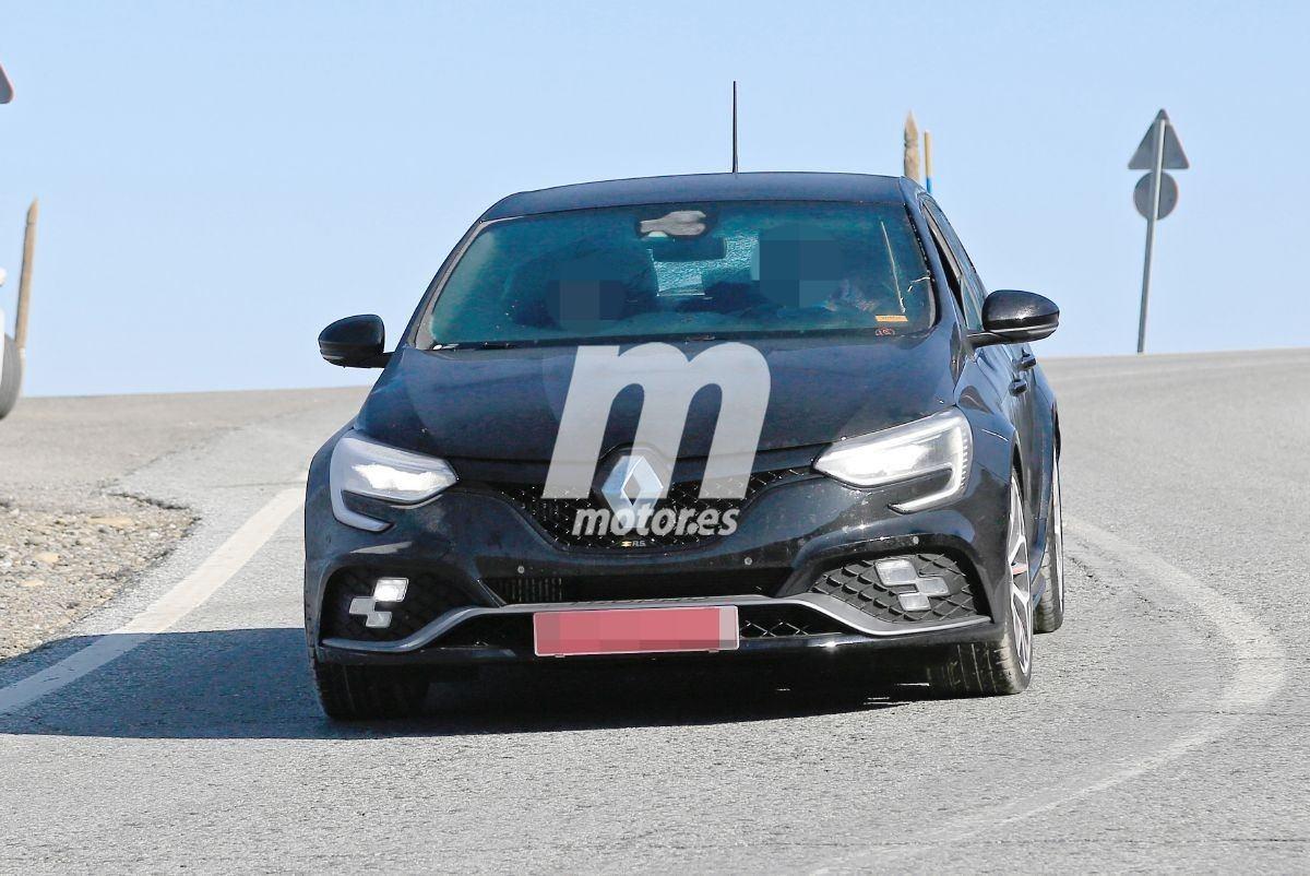 Las pruebas del facelift del Renault Mégane RS 2020 dejan al descubierto la nueva trasera
