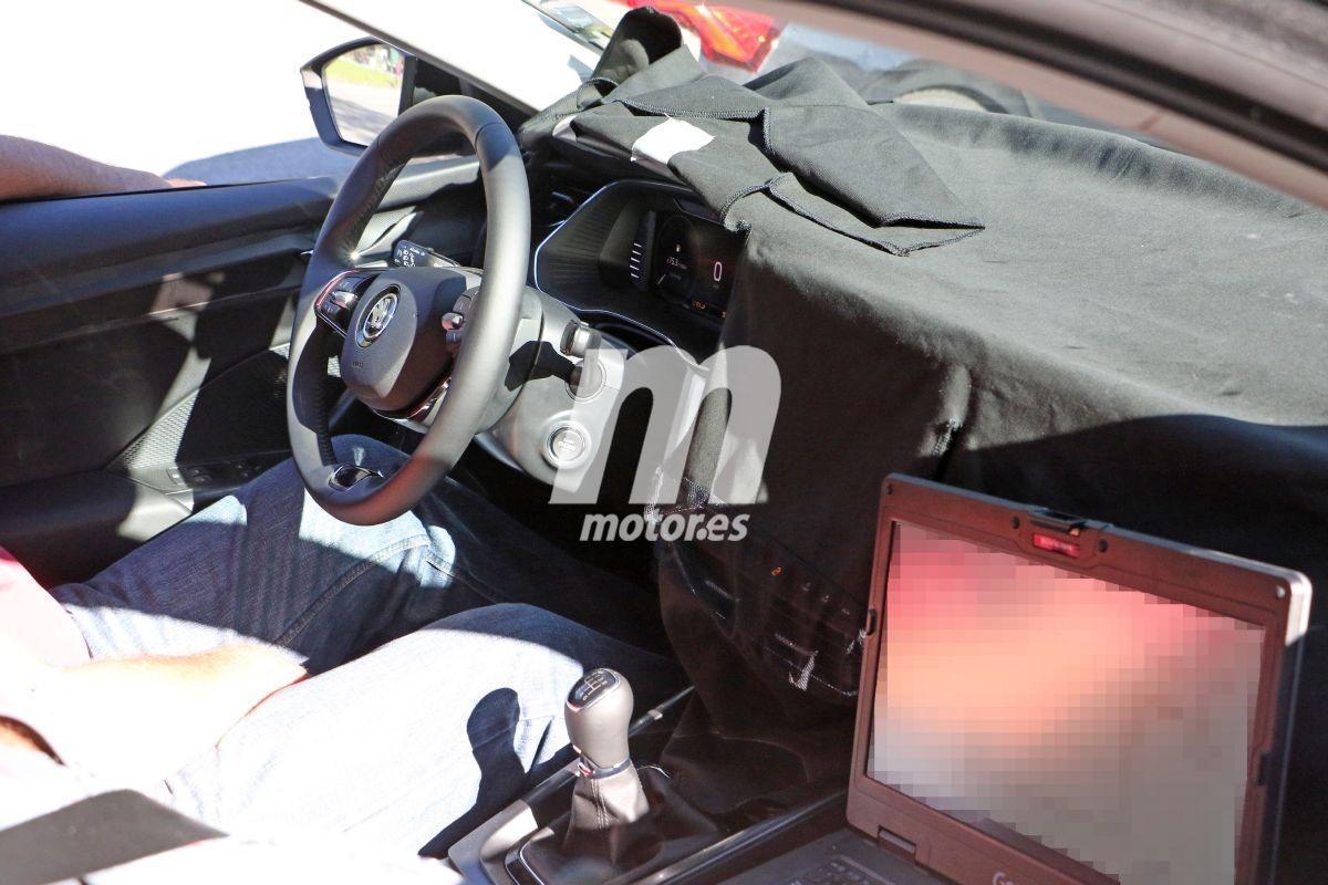 La nueva generación del Skoda Octavia Combi 2020 deja a la vista su interior
