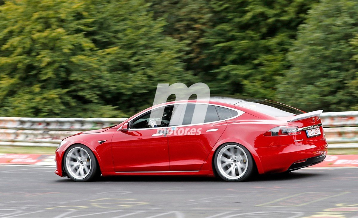 Tesla Model S MOD / Plaid 31
