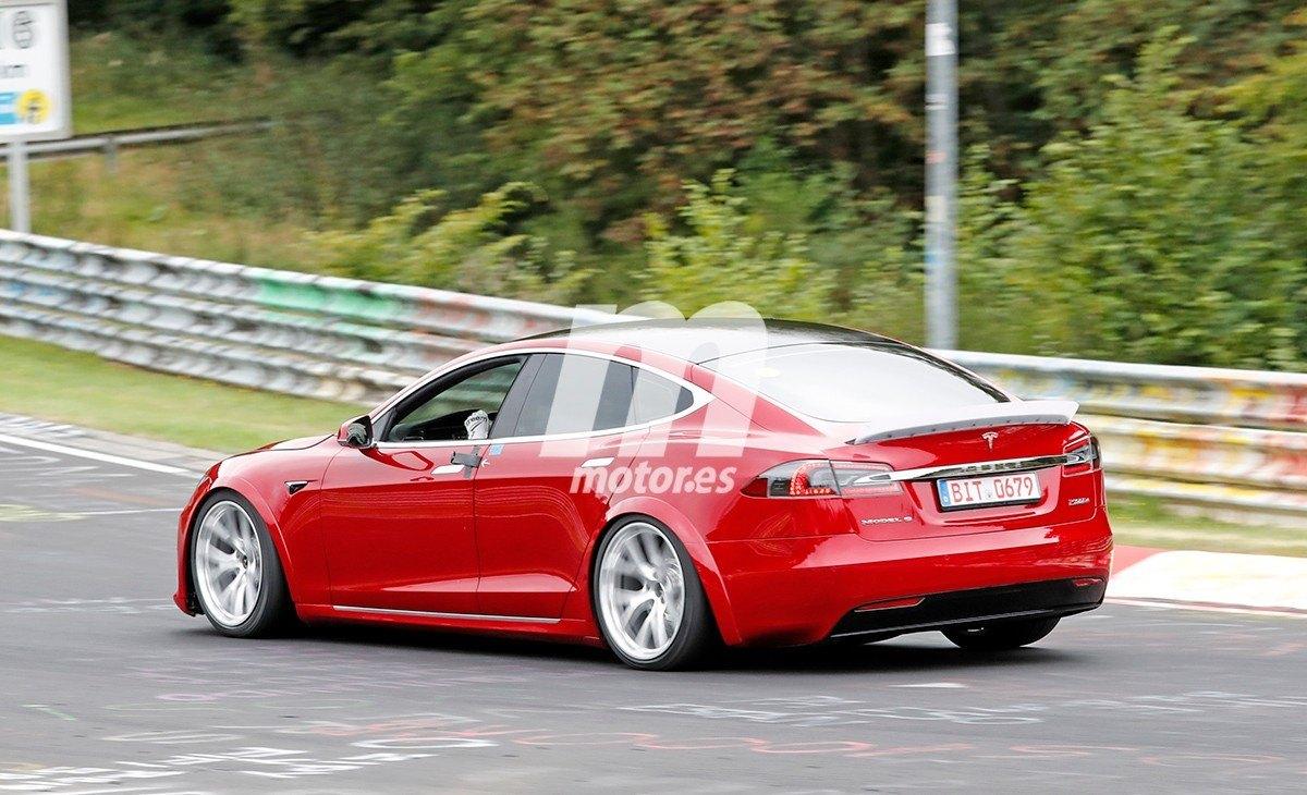 Tesla Model S MOD / Plaid 32