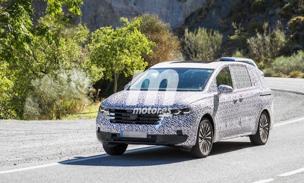 2020 - [Volkswagen] Viloran (Sharan III) - Page 2 Volkswagen-viloran-fotos-desarrollo-201961093-1569342424_3