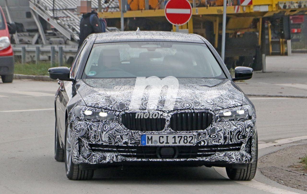 Nuevas fotos espía del BMW Serie 5 Touring LCI 2021 descubren el nuevo diseño frontal