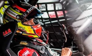Esteban Guerrieri gana en Suzuka y recupera el liderato del WTCR