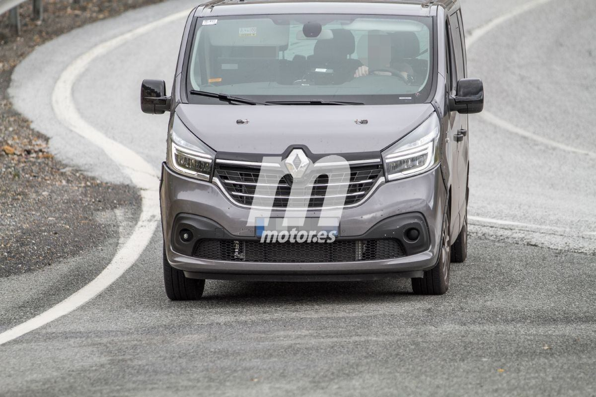2021 Renault Trafic 11