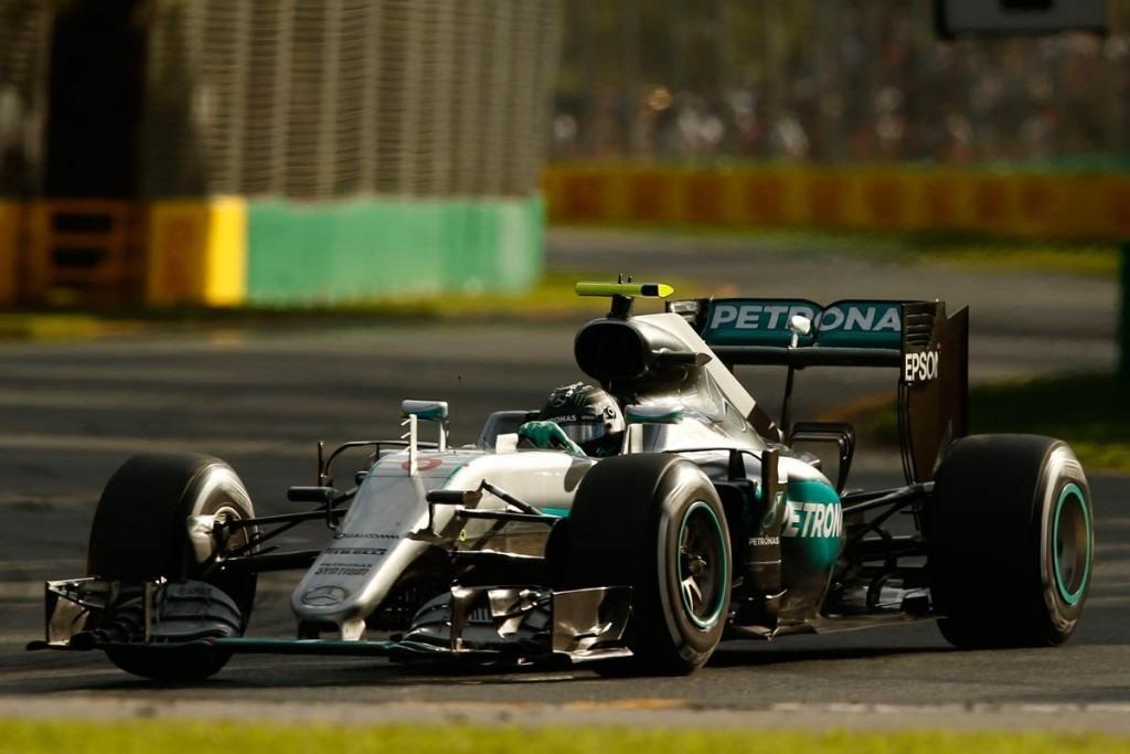 Rosberg, el más rápido del viernes en Silverstone