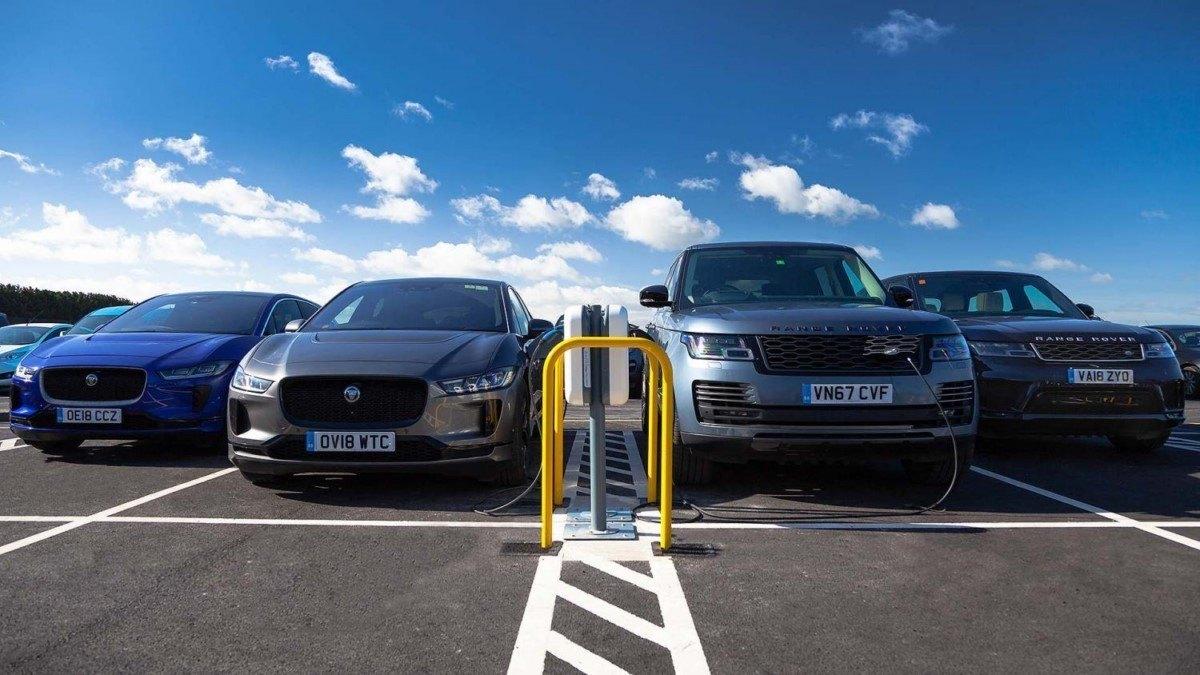 Jaguar Land Rover habla sobre el futuro de los eléctricos y el hidrógeno