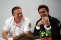 """Zak Brown: """"McLaren no ha considerado el motor Ferrari, tampoco hacer el suyo propio"""""""