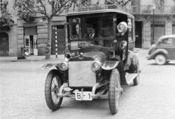 """Barcelona pondrá """"peajes"""" a los coches contaminantes en 2020"""