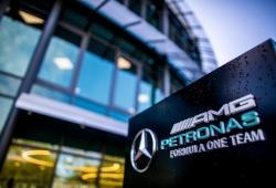 Mercedes despide a cuatro empleados por incumplir su política de diversidad